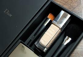 dior glow foundation and backse foundation brushes
