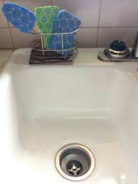 Real Girls Realm How To Clean A Kitchen Sink