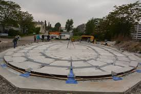 The plane concrete plate is produced (VUT)