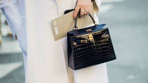 Spot To Fashionista Counterfeit Handbags - Getting And Harder Are