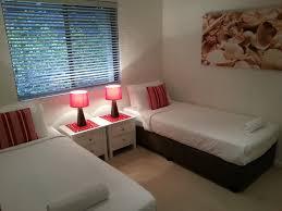 Oasis Bedroom Furniture Resort The Oasis Apts Byron Bay Australia Bookingcom