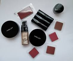 review photos swatches makeup trend 2017 2018 inglot cosmetics face body illuminator sparkling dust pure pigment eye shadow lipstick