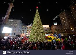 Sf Union Square Tree Lighting Macys Tree Lighting At Union Square In Downtown San