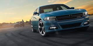 2016 Dodge Charger vs. 2016 Ford Taurus SHO: Which One Does it Better?