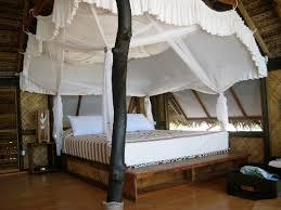 Tevahine Dream: Canopy Bed