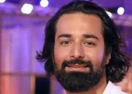بالصور – تعرفوا علي زوجة أحمد حاتم التى خطفت الأنظار بجمالها! – جريدة نورت