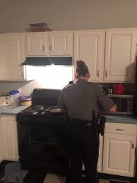 Bristol officer makes pancakes for man during welfare check call | Latest  Headlines | heraldcourier.com