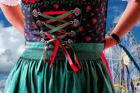 Oktoberfest Clothing Guide: What to Wear at Oktoberfest for Men ...