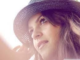Girl Wearing A Hat Ultra HD Desktop ...