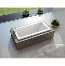 maax living air tub. call for price! maax living air tub
