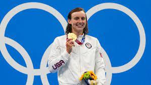 Katie Ledecky wins 800 freestyle ...
