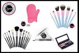 they have a glove that you can wear to clean your brushes makeup and brow tools but their best sellers are their brushes the blue set is a travel kit