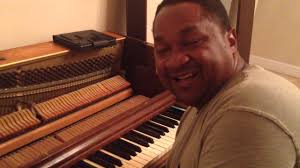 Kris Nicholson Playes A 1940s Wurlitzer Spinet Piano After Tuning It And  Having Fun - YouTube