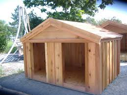 x x  Dog House uprght     JPG    Doghouse For Two Large Dogs Re Re De