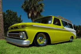 Ratiki - Cameron Day's 1965 Chevy Suburban