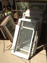Old Window Frame Projects Diy Old Windows Into Rustic Picture Frames Keeps On Ringing