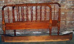 wood spindle bed. Delighful Bed Image 1  VINTAGE WOODEN SPINDLE BED  DOUBLE SIZE Headboa Inside Wood Spindle Bed S