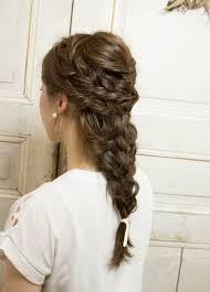 ラプンツェル風編み込みの髪型ヘアスタイル ヘアドレ