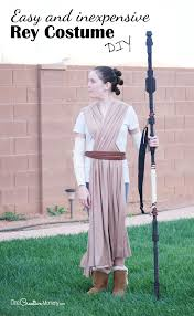 get ready for the new star wars with this easy diy rey costume