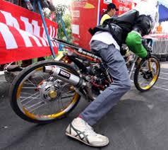 motorcycle drag racing wonderful thing
