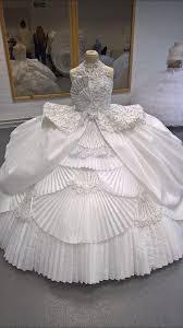big fat gypsy wedding star and rival wedding dress maker in legal