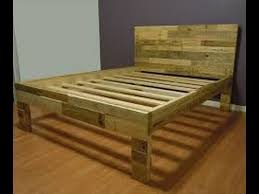 How to make a pallet bed