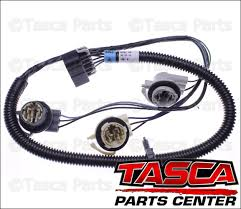 0?refresh new oem gm right side rh tail light wiring harness 2002 06 chevy on 2002 chevy avalanche tail light wiring harness