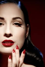 your beauty mark the ultimate guide to eccentric glamour dita von teese 9780060722715 amazon books