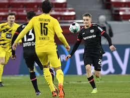 The fourth round of the bundesliga kicks off with bayer leverkusen meeting borussia dortmund. Oh Weh Bvb Dortmund Verliert Verfolgerduell In Leverkusen Fussball