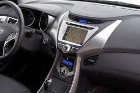 hyundai elantra interior 2014. Contemporary 2014 2013 Vs 2014 Hyundai Elantra Whatu0027s The Difference Featured Image Large  Thumb10 To Elantra Interior A