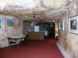 Houses Built Underground Coober Pedy In Australia Residents Of This City Live Under Ground