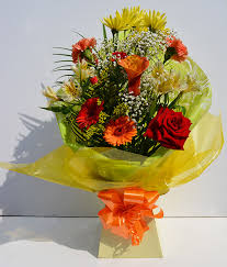simply flowers hand tied flowers selection 1