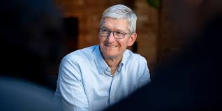 Bloomberg: Apple 'increasingly focused on succession planning' as Tim Cook  enters 10th year in CEO role - 9to5Mac