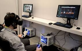 everyone likes when they can mirror what they see on the htc vive screen on their tv monitor or pc the excitement is much bigger and you can enjoy the vr