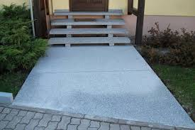 Farbe für außen und innen; Treppen Steinmetz Meisterbetrieb Conrad Klammes