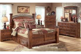 Timberline King Size Poster Bedroom Set w Underbed Storage by