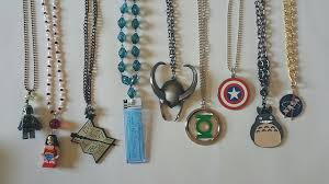 diy how to make your own geeky necklaces from keychains