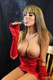 Women smoking cigar while fucking