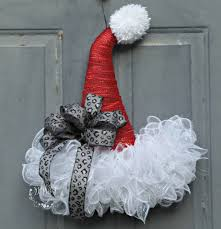 did you know that you can take those garland door hangers from the dollar and