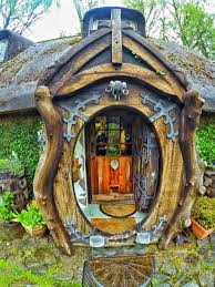 Home Design: Small Pond In Hobbit Houses - Tiny Houses