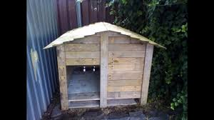 diy dog kennel made from pallets
