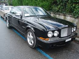 File:2001 Bentley Continental R420 Mulliner in Morges 2013 - Front ...