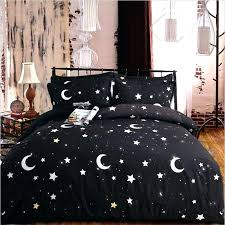 black egyptian cotton bed sheets and white