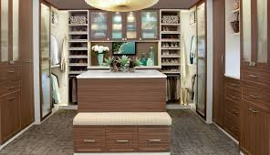 10 tips for choosing the best custom closet and storage company