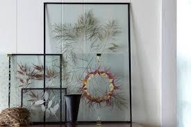 design diy floating pressed botanicals