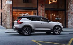 2018 volvo on call. fine 2018 the xc40 will also offer buyers a unique volvo on call service this is  car sharing technology for family and friends it comes as standard with care  for 2018 volvo call 0