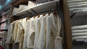 Красивый турецкий текстиль. Огромный магазин в Анталии ...