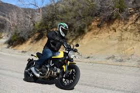 a non hipster review of the ducati scrambler asphalt rubber