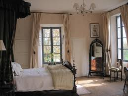 Awesome Beige And Black Bedroom Images Capsulaus Capsulaus - Beige and black bedroom