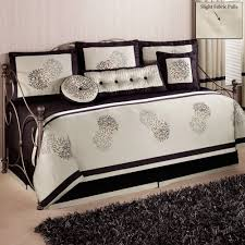 Contemporary Daybed Bedding Sets : Sophisticated Contemporary ...